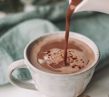Vanilla Almond Hot Chocolate